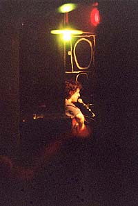 Lenia plays at the Proekt OGI club in Moscow, 18 Apr' 2000. Photo by Mikhail Birukov